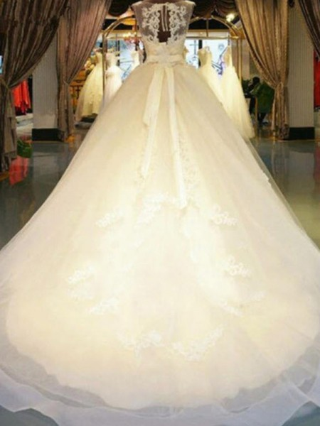 Off-the-Shoulder Sweep/Brush Train Sash/Ribbon/Belt Beading Applique Lace Ball Gown Wedding Dresses