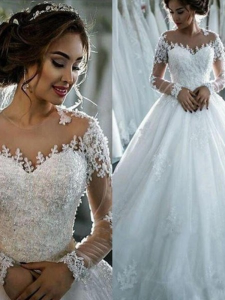 Applique Tulle Scoop Court Train Ball Gown Wedding Dresses