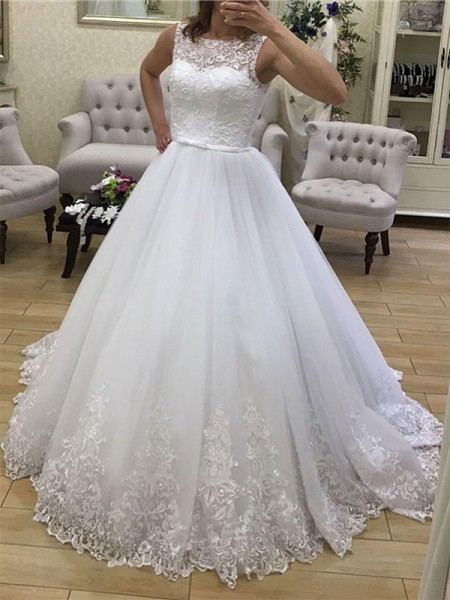 Tulle Applique Scoop Court Train Ball Gown Wedding Dresses