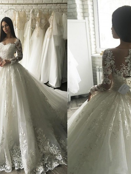 Tulle Scoop Applique Court Train Ball Gown Wedding Dresses