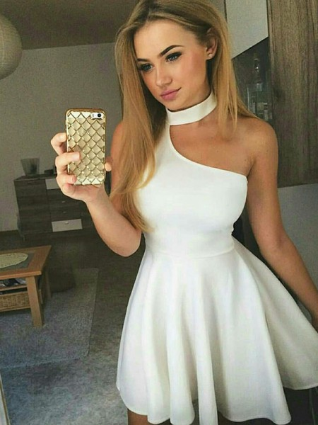 A-Line Ruched Halter Satin Short/Mini Homecoming Dresses