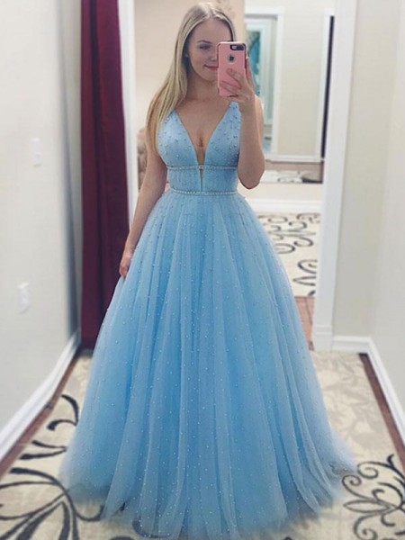 A-Line/Princess Sleeveless V-neck Floor-Length Pearls Tulle Dresses