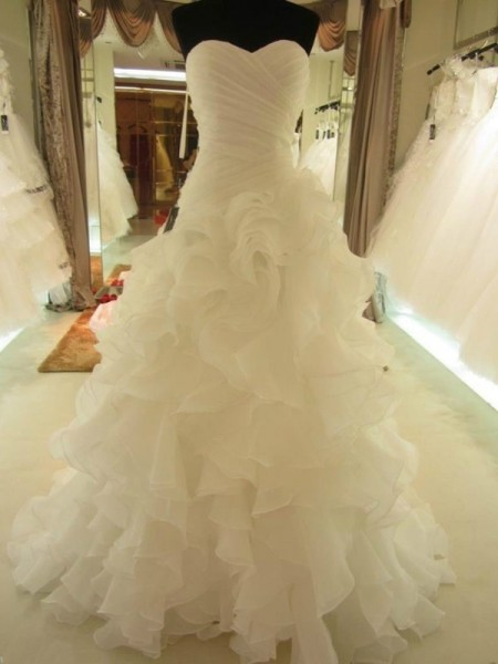 Ruffles Sweetheart Organza Court Train Ball Gown Wedding Dresses