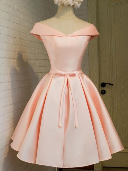 A-Line V-neck Sash/Ribbon/Belt Satin Short/Mini Homecoming Dresses