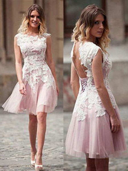 A-Line Scoop Applique Tulle Short/Mini Homecoming Dresses