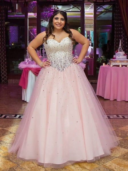 Sweetheart Tulle Floor-Length Beading Plus Size Ball Gown Prom Dresses