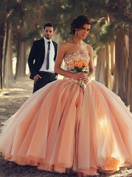 Ball Gown Strapless Beading Floor-Length Tulle Prom Dresses