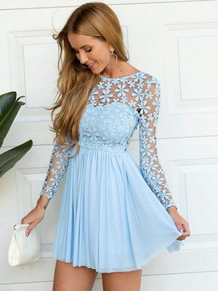A-Line Scoop Lace Short/Mini Chiffon Homecoming Dresses