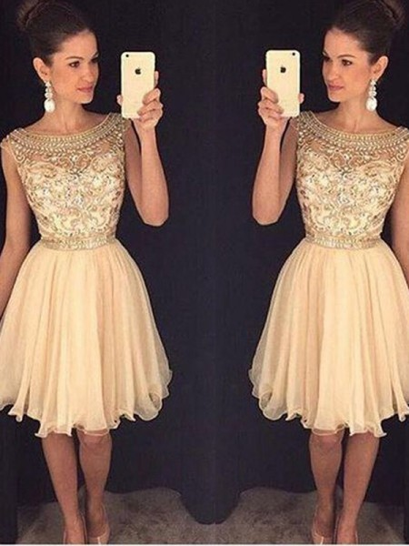 A-Line Scoop Short/Mini Beading Chiffon Homecoming Dresses