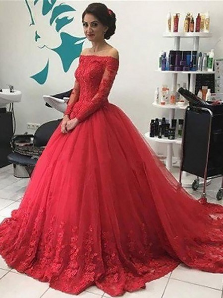 Off-the-Shoulder Lace Tulle Court Train Ball Gown Prom Dresses
