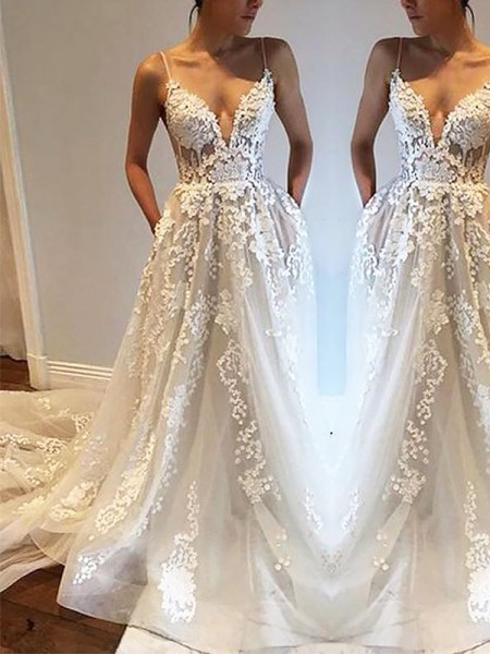 A-Line Spaghetti Straps Court Train Tulle Wedding Dresses