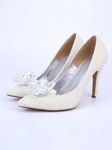 Latest Women's Stiletto Heel With Pearl Crystal Flower Closed Toe White Wedding Shoes
