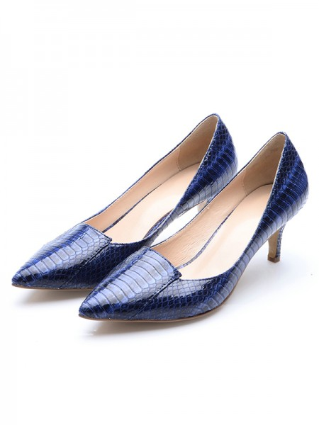 Latest Women's Closed Toe Patent Leather Cone Heel With Crocodile Print High Heels