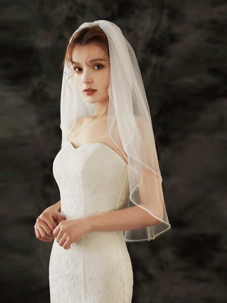 Delicate Tulle Two-Tier Elbow Bridal Veils