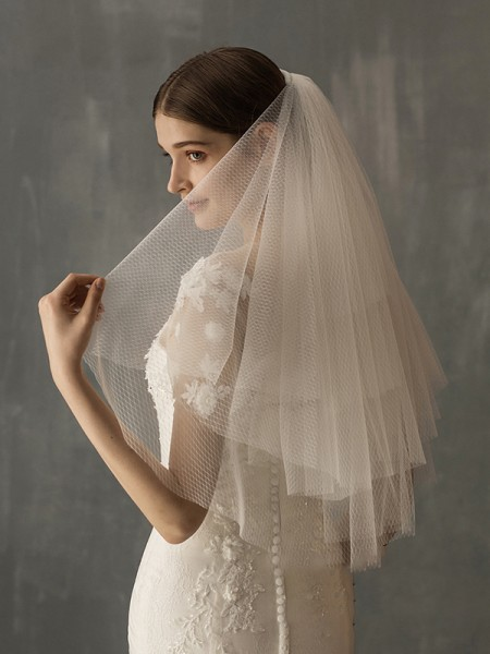 Fashion Excellen Tulle Two-Tier Elbow Bridal Veils