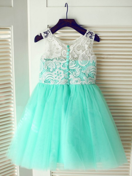 A-Line Scoop Lace Tulle Dresses